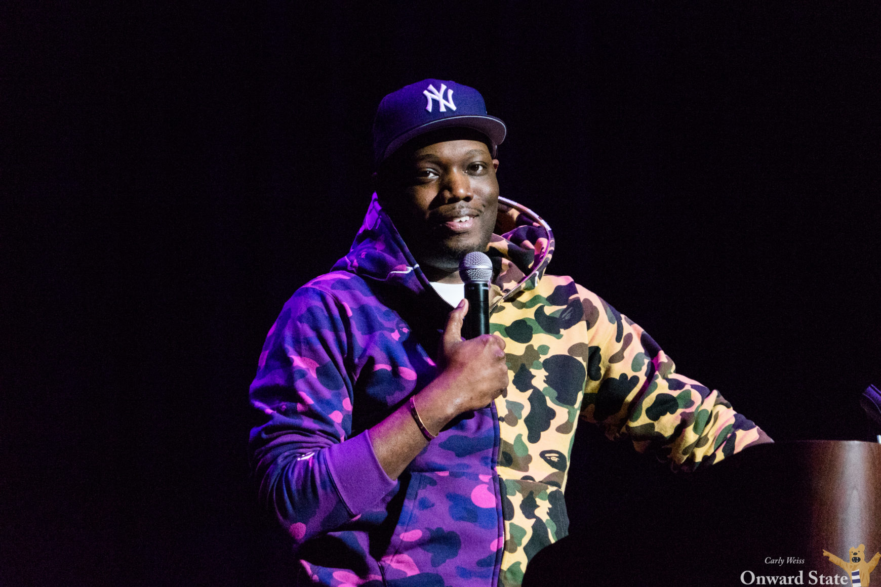 SNL's Michael Che Covers Current Events, Involves Audience In Eisenhower Auditorium Set - Onward State