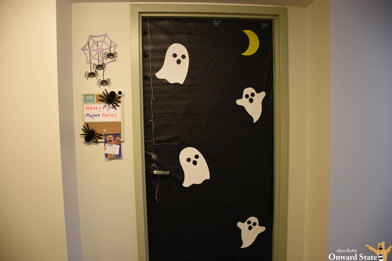 Image of: The Best Halloween Dorm Door Decorations Onward State