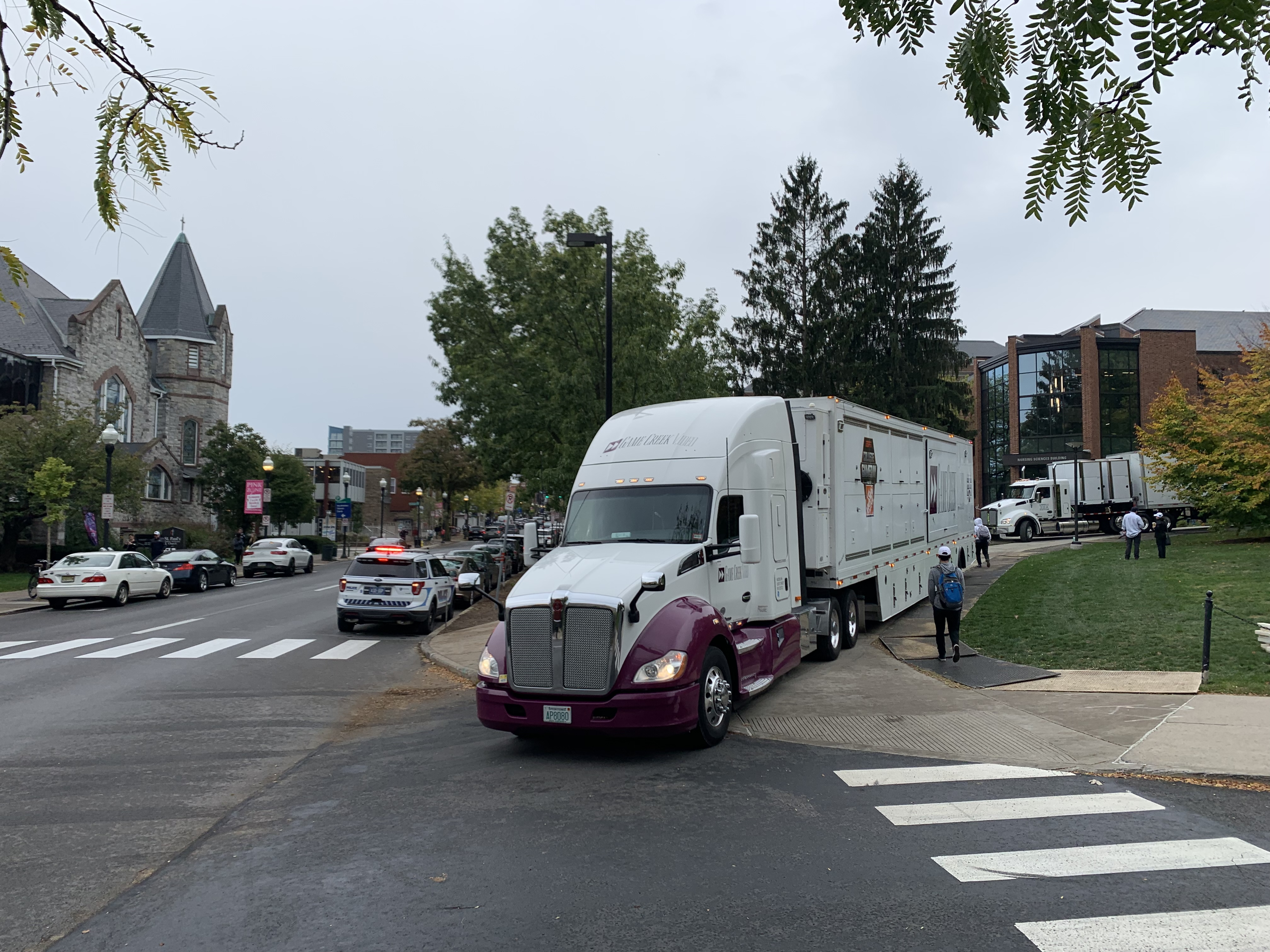 [Photo Story] College GameDay's 2019 Trip To Happy Valley