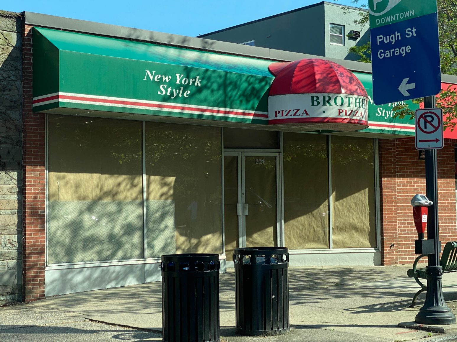 Brothers Pizza On College Ave. Closes